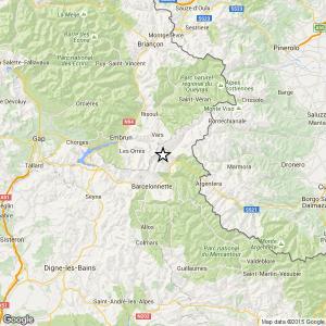 Localizzazione del terremoto di ML 3,8 registrato al confine fra Italia e Francia, sulle Alpi (mappa e dati tratti dal sito dell'INGV: http://cnt.rm.ingv.it/)