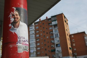 manifesti elettorali a Vallecas (17 dicembre 2015)